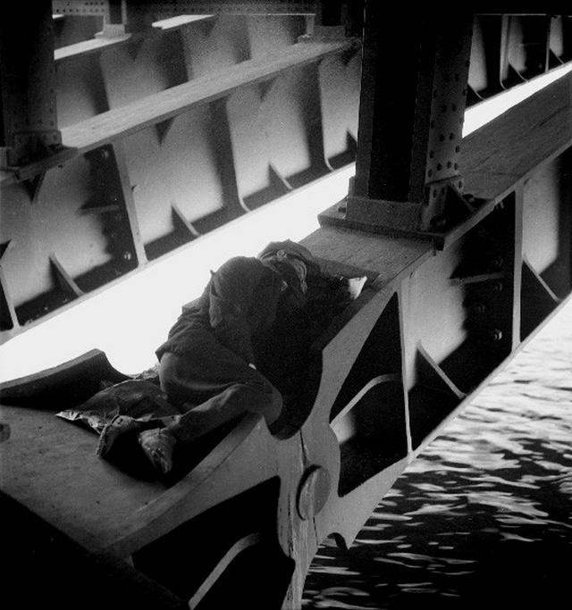 【画像多数】第二次大戦下パリで撮られた日常風景、そりゃ枢軸国負けるよ・・・・・・26枚目