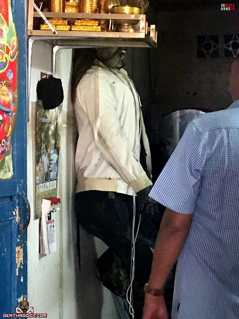 【閲覧注意】カンボジアのアパートで異臭騒ぎ、警察と大家さんで部屋を確認した結果・・・・・(画像)・6枚目