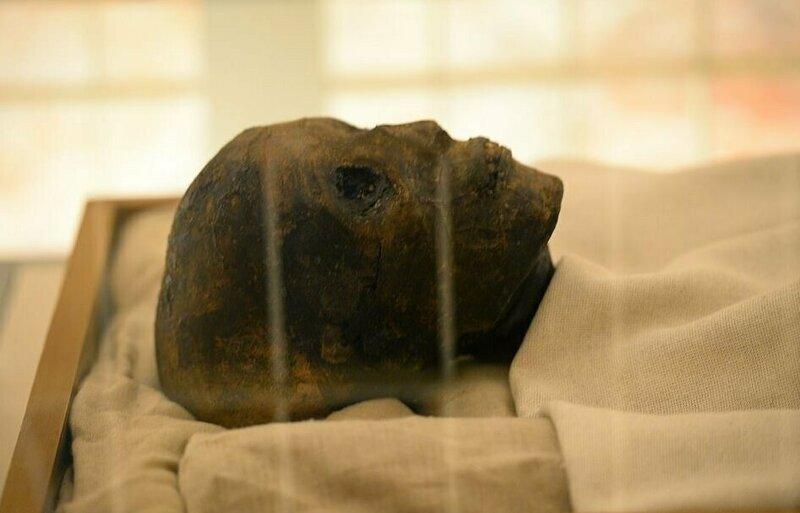 【ミイラ画像】10年の歳月をかけて修復されたツタンカーメンの王墓とミイラ、その画像がコチラ!!(画像)・3枚目