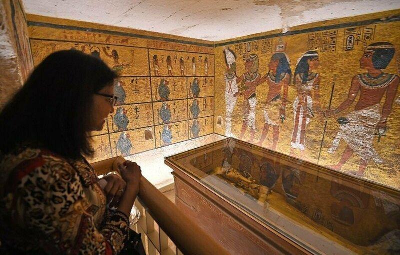 【ミイラ画像】10年の歳月をかけて修復されたツタンカーメンの王墓とミイラ、その画像がコチラ!!(画像)・9枚目