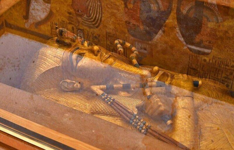 【ミイラ画像】10年の歳月をかけて修復されたツタンカーメンの王墓とミイラ、その画像がコチラ!!(画像)・11枚目