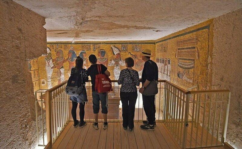 【ミイラ画像】10年の歳月をかけて修復されたツタンカーメンの王墓とミイラ、その画像がコチラ!!(画像)・16枚目
