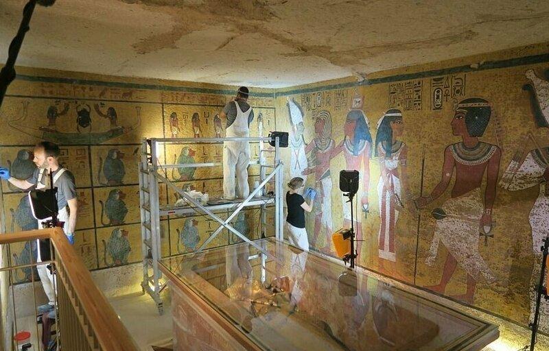 【ミイラ画像】10年の歳月をかけて修復されたツタンカーメンの王墓とミイラ、その画像がコチラ!!(画像)・18枚目