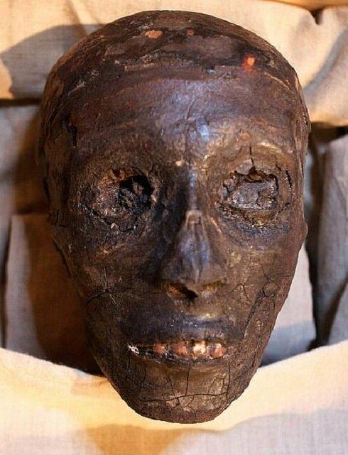 【ミイラ画像】10年の歳月をかけて修復されたツタンカーメンの王墓とミイラ、その画像がコチラ!!(画像)・22枚目