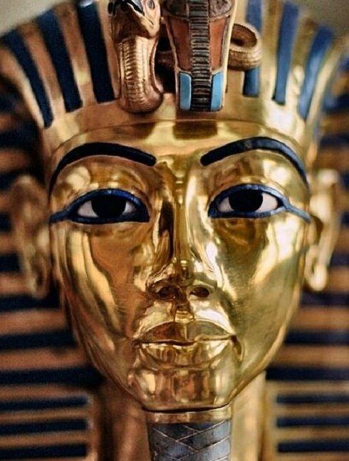 【ミイラ画像】10年の歳月をかけて修復されたツタンカーメンの王墓とミイラ、その画像がコチラ!!(画像)・23枚目