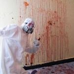 【閲覧注意】海外の特殊清掃作業員、血しぶきの前でSNS画像を撮ってしまう・・・・・(画像)