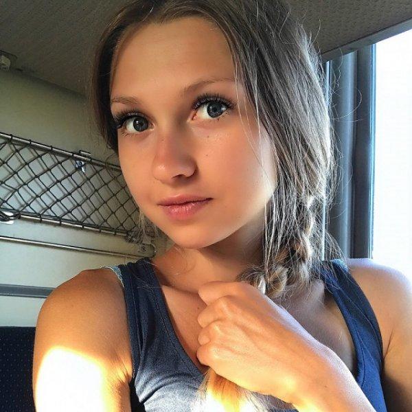 【旅行気分】シベリア鉄道とロシア美女という最高の組み合わせ・・・・・(画像)・8枚目