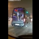 【衝撃】ロシアで話題になってる走るストリップ劇場状態のドレスアップカー!!(動画)