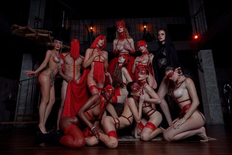 【高級娼婦】ハリウッドにある高級売春宿「Kinky Rabbit Club」、これは是非一度行ってみたい!!(画像)・2枚目
