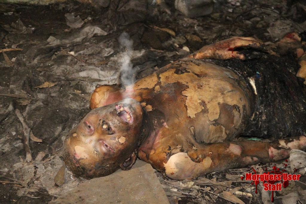 【衝撃】焼死したメキシコのホームレス、遺体の口から魂のようなモノが出てると話題に・・・・・(画像)・4枚目