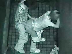 【監視カメラ】どうせチェックなどしないと監視カメラのある場所でハメたカップル、同僚によって晒される・・・・・(画像)・6枚目