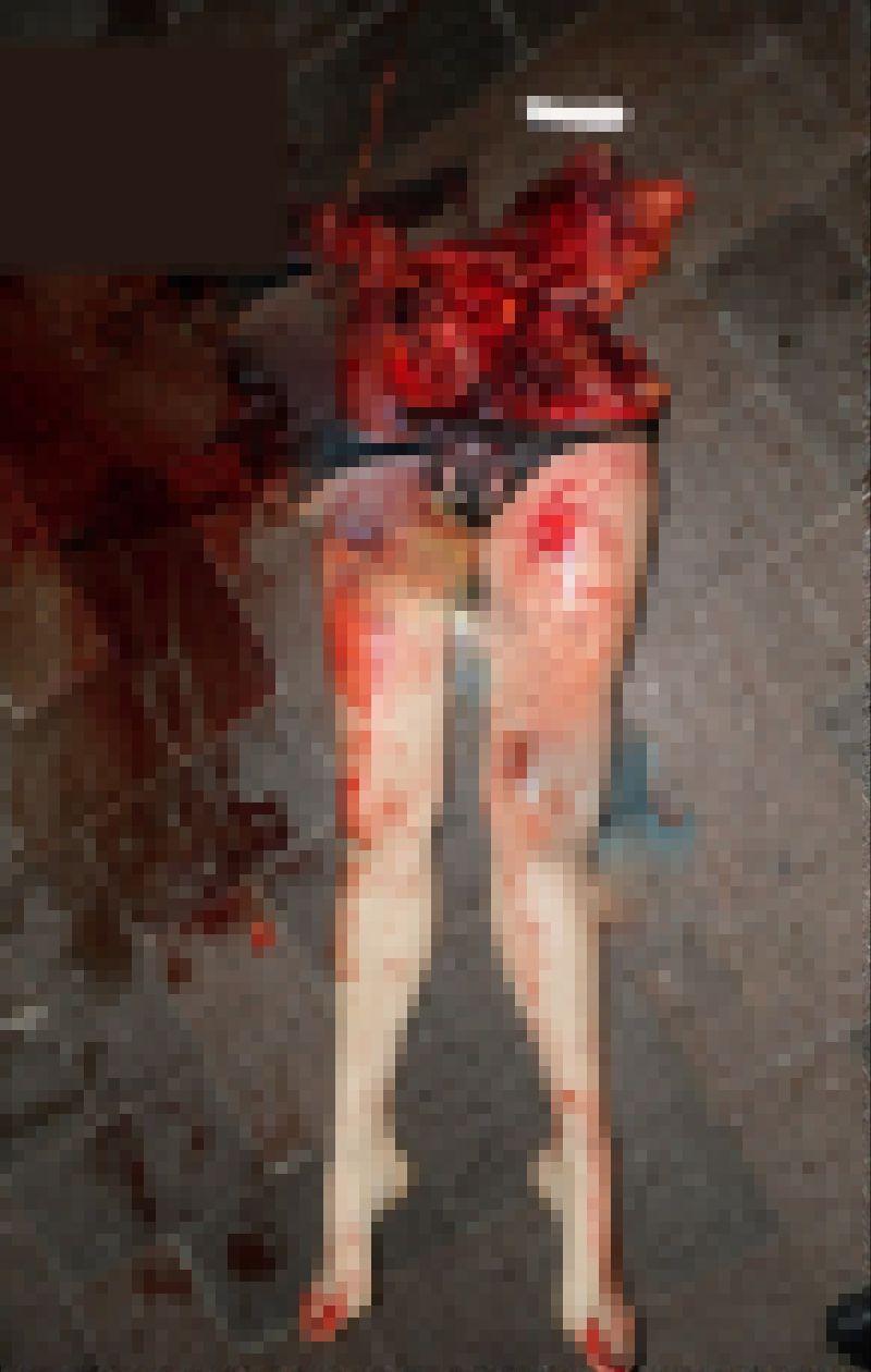 【自殺】建物から飛び降りて鉄柵に衝突したまんさん、バラバラになる・・・・・(画像)・5枚目