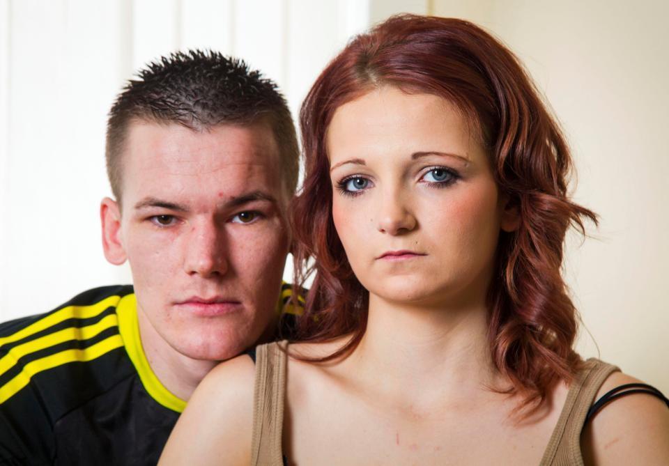 【酷すぎ】12歳でお兄ちゃんにレイプされて出産したイギリス美少女、その後恋人と結婚して新たな子を授かる・・・・・(画像)・4枚目