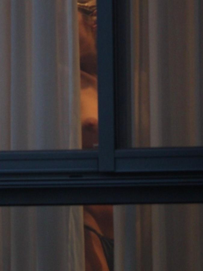 【民家盗撮】海外の盗撮画像晒しスレ、手加減一切無しのガチ晒ししてて草wwwwwwwww(画像)・16枚目
