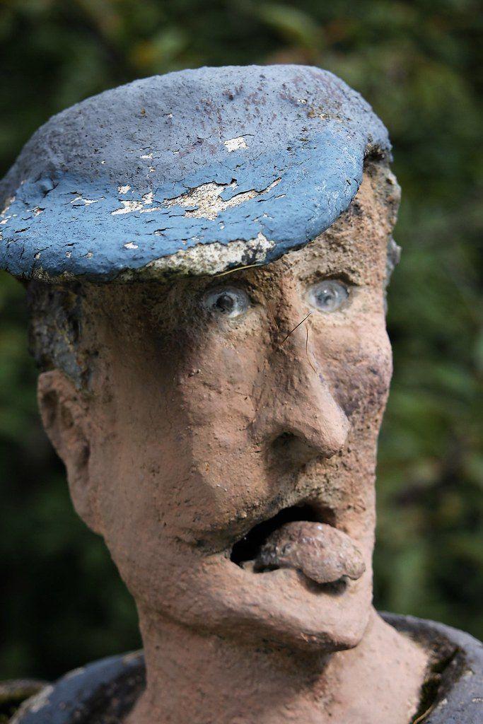 【怖過ぎ】フィンランドの彫刻家が庭に設置した450体の作品、ホラー過ぎだろ!!(画像)・6枚目