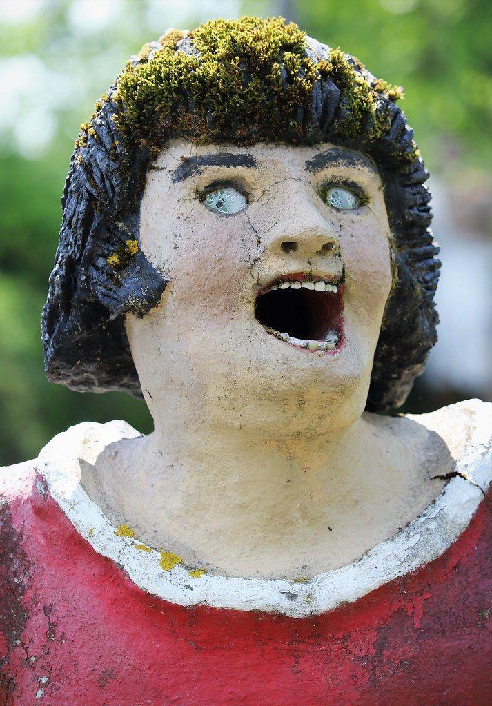 【怖過ぎ】フィンランドの彫刻家が庭に設置した450体の作品、ホラー過ぎだろ!!(画像)・8枚目