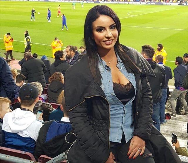 【超セクシー】イタリアで最もエロいジャーナリストSultry Signorina、セックスアピール強すぎだろ!!(画像)・4枚目