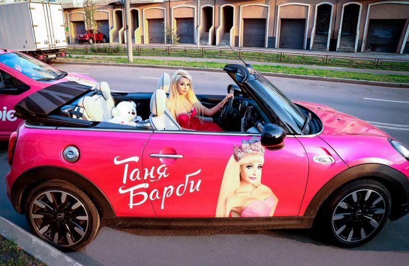 【バービーBBA】ロシアの32歳バービー好きおばさん、全力で全盛期を維持する・・・・・(画像)・22枚目