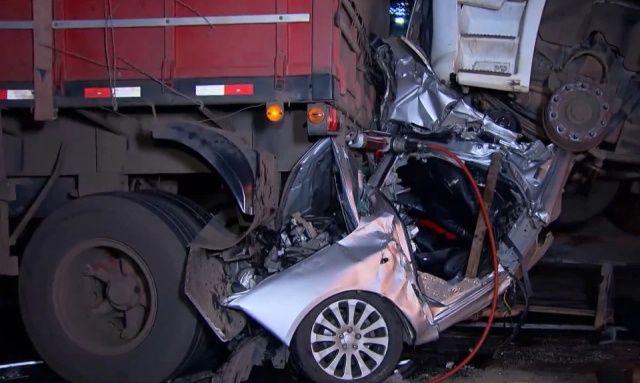 【奇跡】後ろから激突してきたトラックに数十㎝にまで圧縮されたブラジル人男性、無事生還!!(画像)・5枚目