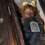 【ミイラ】合計10000体以上の遺体やミイラが眠るイタリア カプチン修道院の地下墓地、少女のミイラ生々しすぎ・・・・・(画像)