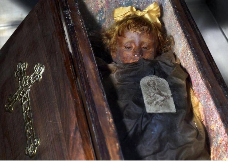 【ミイラ】合計10000体以上の遺体やミイラが眠るイタリア カプチン修道院の地下墓地、少女のミイラ生々しすぎ・・・・・(画像)・5枚目