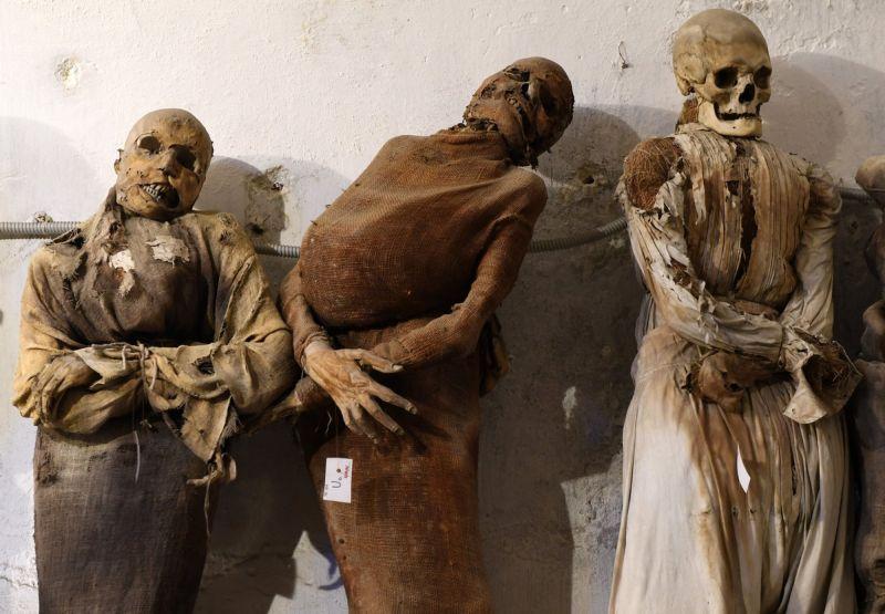 【ミイラ】合計10000体以上の遺体やミイラが眠るイタリア カプチン修道院の地下墓地、少女のミイラ生々しすぎ・・・・・(画像)・6枚目
