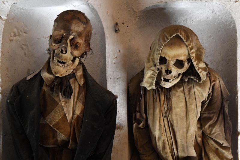 【ミイラ】合計10000体以上の遺体やミイラが眠るイタリア カプチン修道院の地下墓地、少女のミイラ生々しすぎ・・・・・(画像)・7枚目