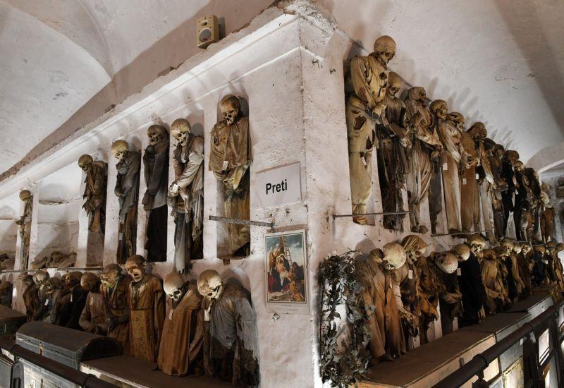 【ミイラ】合計10000体以上の遺体やミイラが眠るイタリア カプチン修道院の地下墓地、少女のミイラ生々しすぎ・・・・・(画像)・11枚目