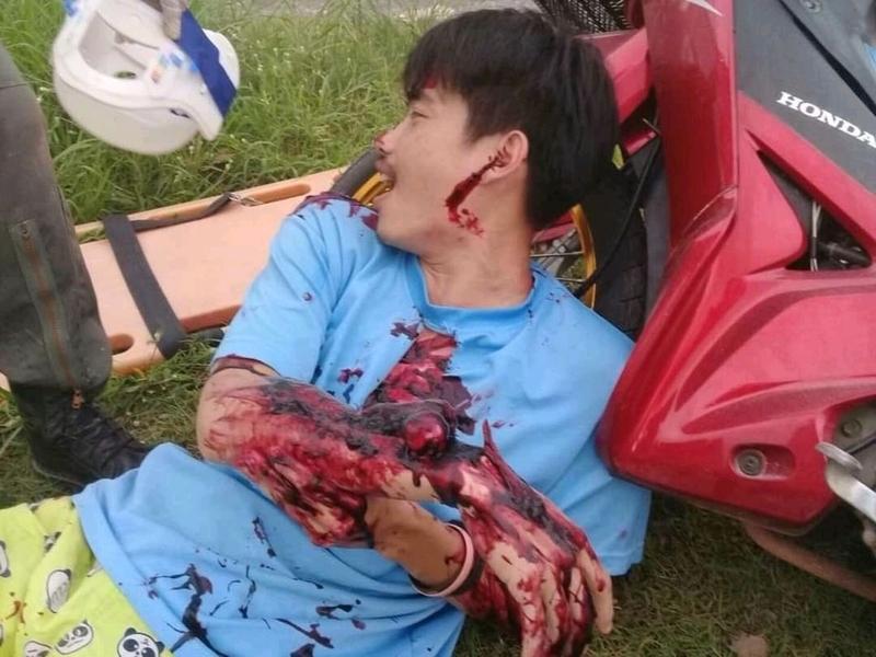 【グロ注意】タイで起こった壮絶な事故現場の画像が・・・・・ってフェイクかよ!!(画像)・2枚目