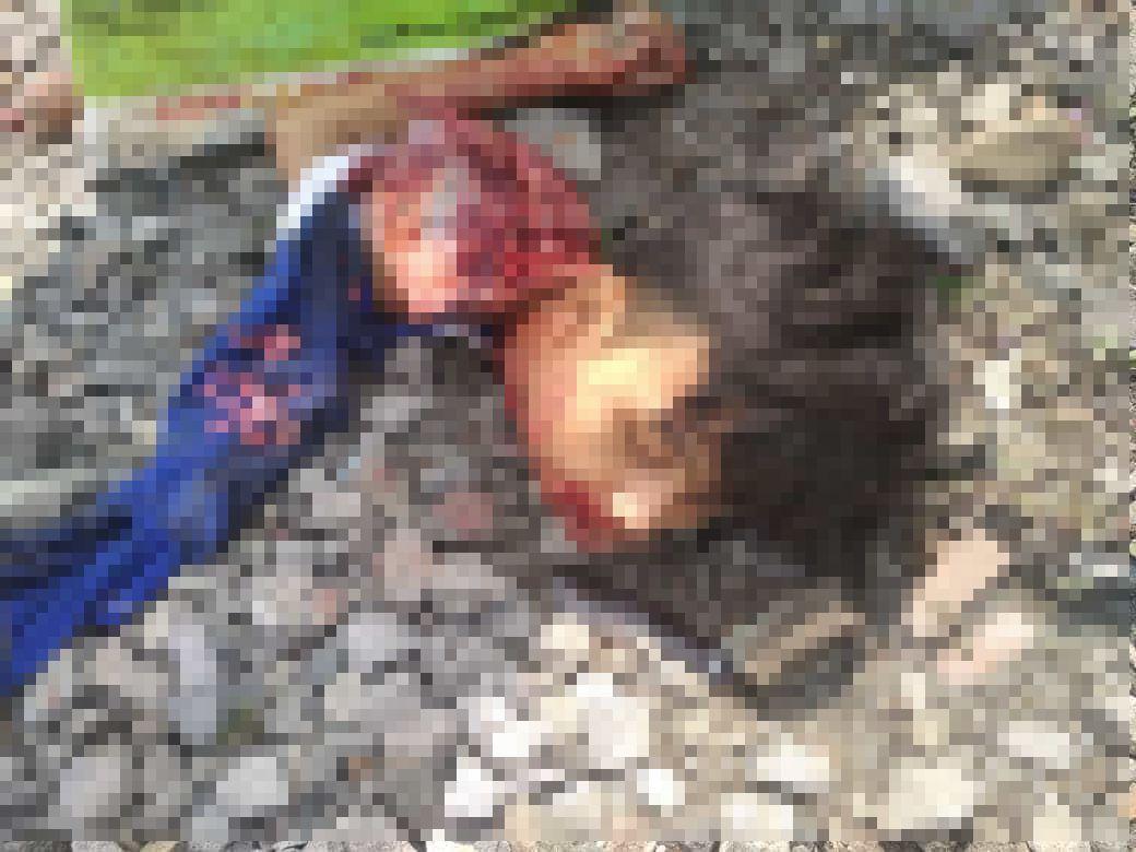 【閲覧注意】時速120kmの列車に撥ねられたインドネシアの男性、全身を強く打って死亡・・・・・(画像)・4枚目