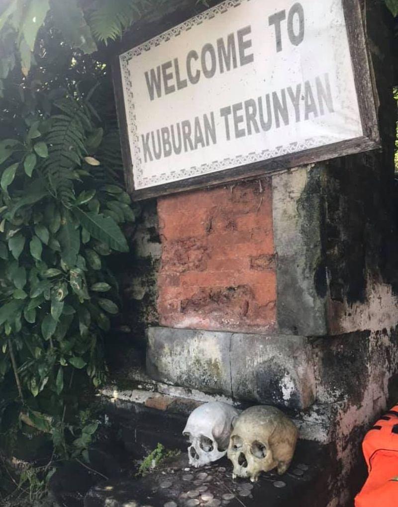 """【自然派】インドネシア バリ島のトルニャン村に伝わる""""風葬""""という埋葬方法、凄い光景・・・・(画像)・8枚目"""