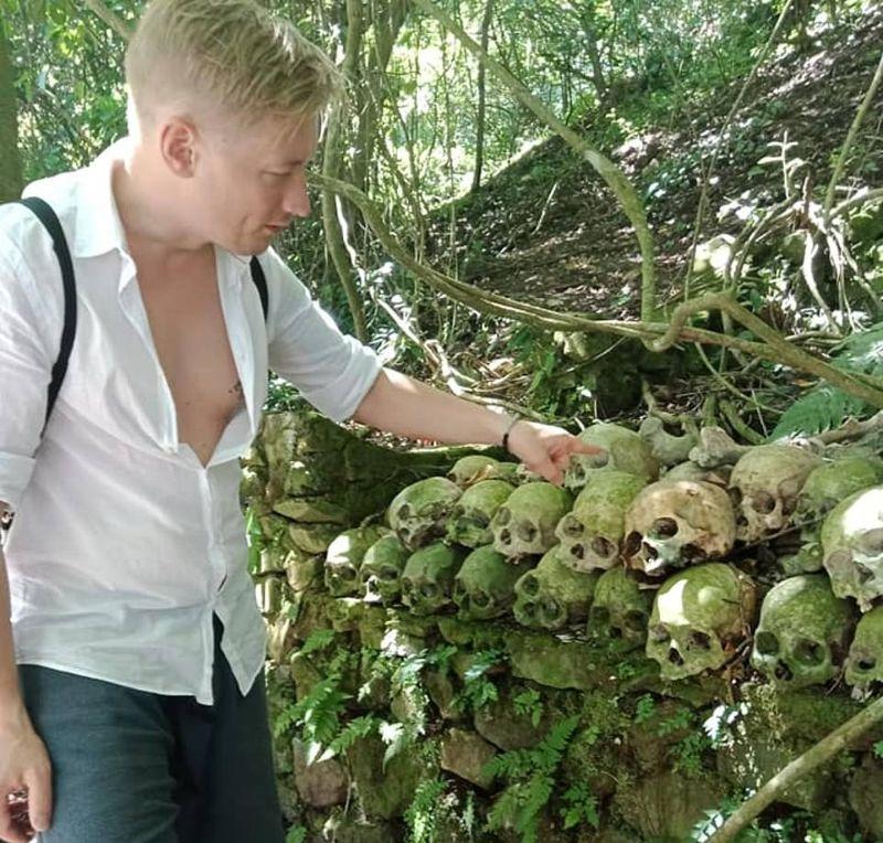 """【自然派】インドネシア バリ島のトルニャン村に伝わる""""風葬""""という埋葬方法、凄い光景・・・・(画像)・13枚目"""