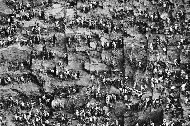 【人がゴミの・・・】1979年に発見されたブラジルの金鉱山セラプラダがマジで地獄みたい・・・・・(画像)・1枚目