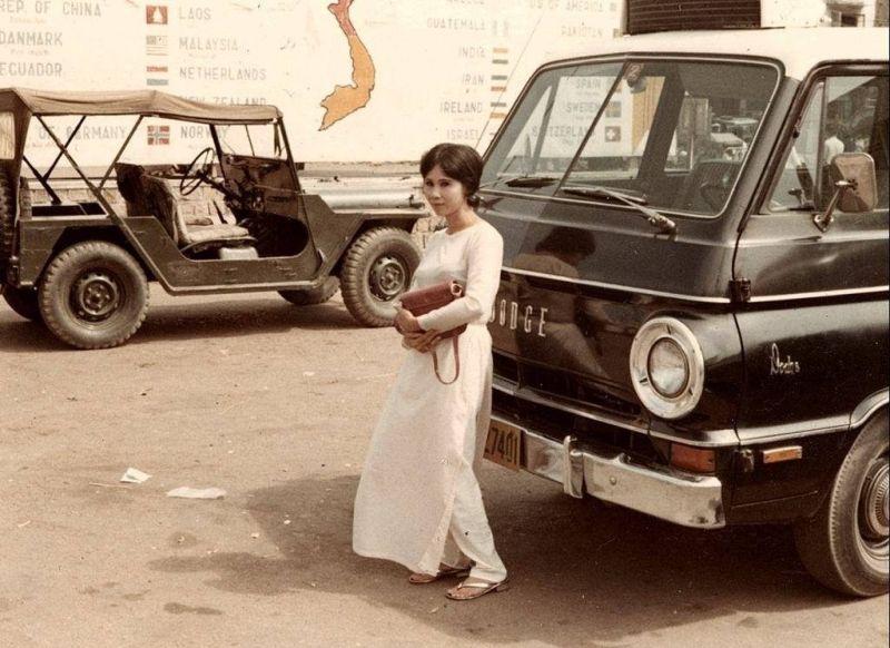 【ベトナム売春宿】1960年代ベトナム戦争当時の米軍御用達の売春宿、あんま美人居ないな・・・・(画像)・3枚目
