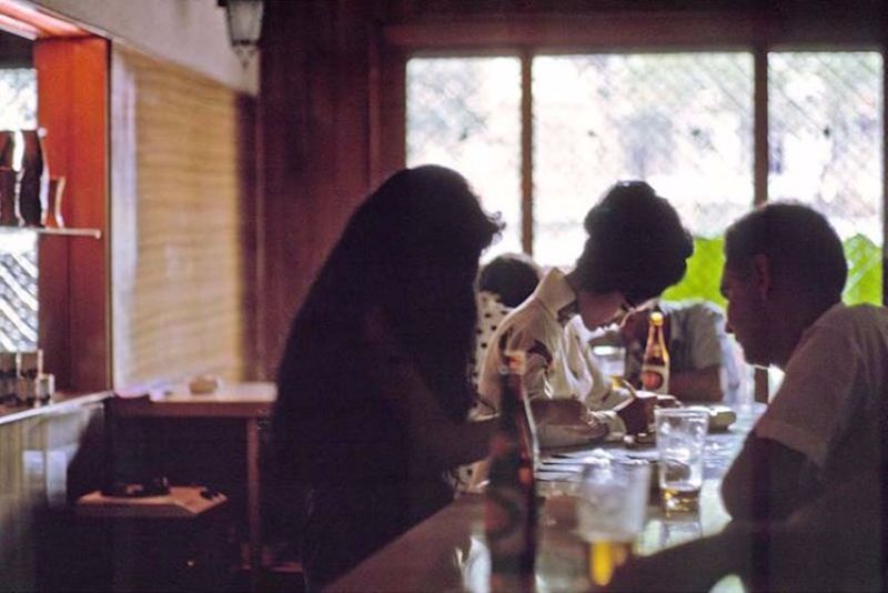 【ベトナム売春宿】1960年代ベトナム戦争当時の米軍御用達の売春宿、あんま美人居ないな・・・・(画像)・6枚目