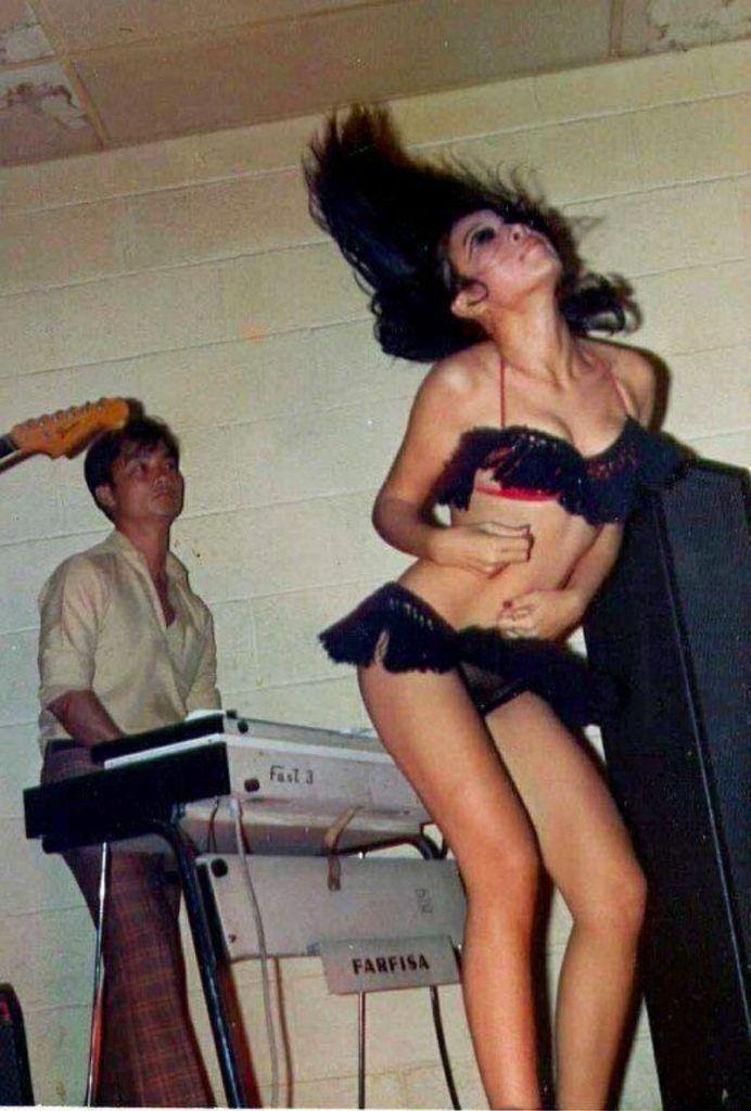 【ベトナム売春宿】1960年代ベトナム戦争当時の米軍御用達の売春宿、あんま美人居ないな・・・・(画像)・7枚目