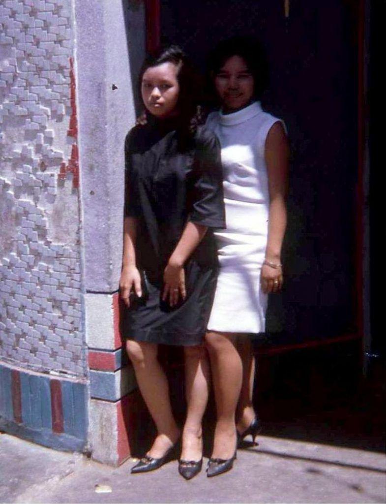 【ベトナム売春宿】1960年代ベトナム戦争当時の米軍御用達の売春宿、あんま美人居ないな・・・・(画像)・19枚目