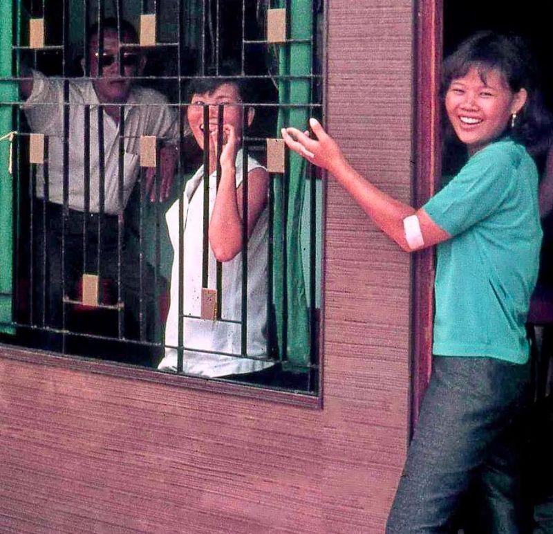 【ベトナム売春宿】1960年代ベトナム戦争当時の米軍御用達の売春宿、あんま美人居ないな・・・・(画像)・22枚目
