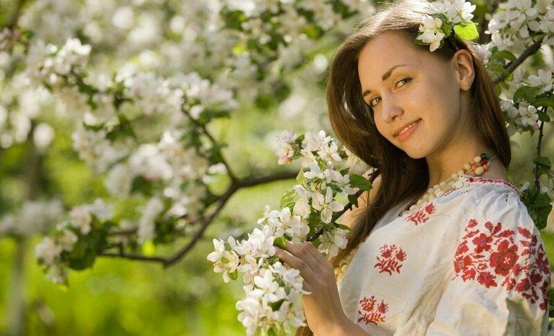 【田舎美女】海外のクソ田舎暮らししてる女の子、ビックリするくらい美女が居てワイ絶望・・・・・(画像)・1枚目