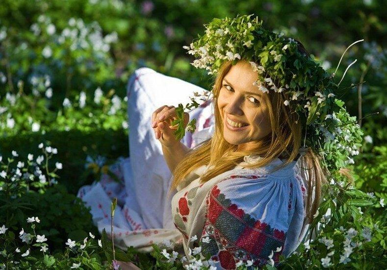 【田舎美女】海外のクソ田舎暮らししてる女の子、ビックリするくらい美女が居てワイ絶望・・・・・(画像)・4枚目
