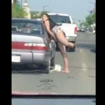 【超迷惑】ドラッグ中毒の障碍者女性、ラリって渋滞起こしまくる!!
