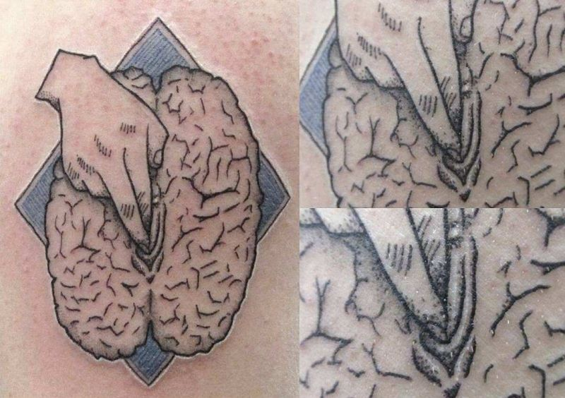 【手マン多し!】一生モノのタトゥーで下ネタぶっ込んでくる外人さん、心臓強すぎだろ!!(画像)・2枚目