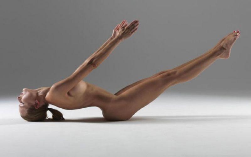 【全裸ヨガ】エロいのにどっか神秘的な外人さんのヌードヨガ、正直セックスしたくてたまらんのだが・・・・(画像)・6枚目