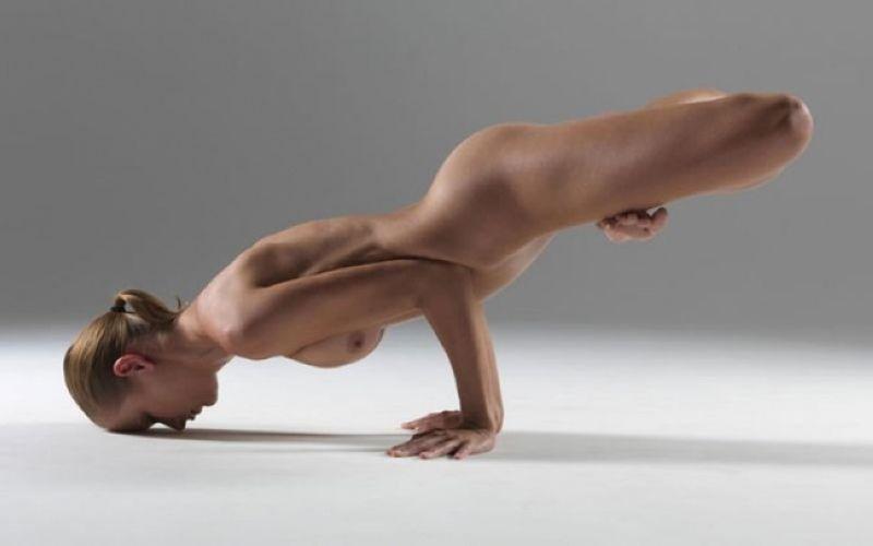 【全裸ヨガ】エロいのにどっか神秘的な外人さんのヌードヨガ、正直セックスしたくてたまらんのだが・・・・(画像)・10枚目