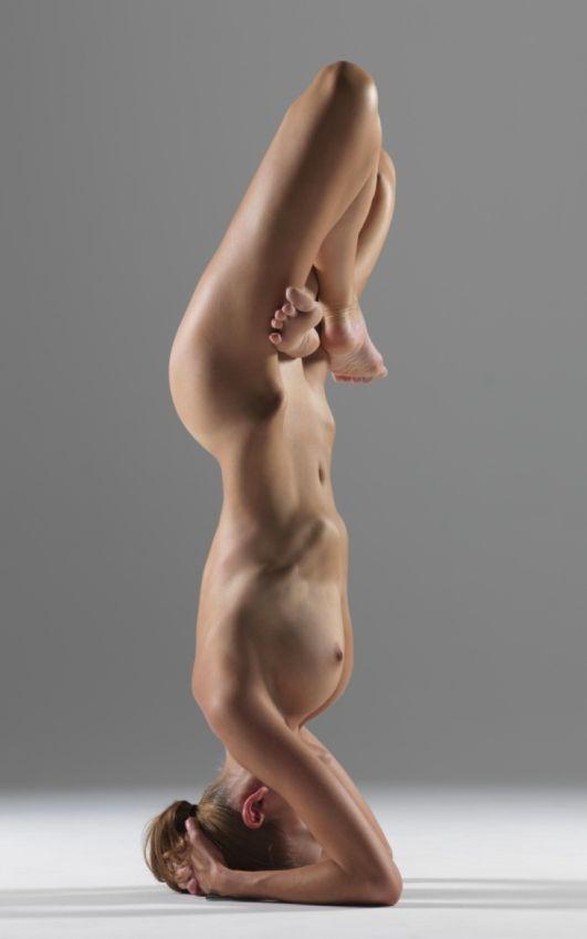 【全裸ヨガ】エロいのにどっか神秘的な外人さんのヌードヨガ、正直セックスしたくてたまらんのだが・・・・(画像)・20枚目