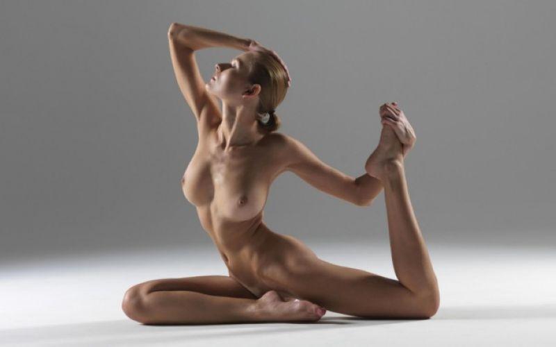 【全裸ヨガ】エロいのにどっか神秘的な外人さんのヌードヨガ、正直セックスしたくてたまらんのだが・・・・(画像)・27枚目