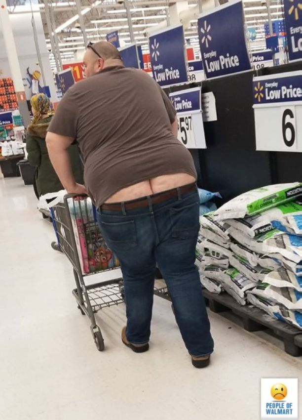 【自由の国】アメリカのウォルマート、ただのスーパーなのに変な客ばかり集まってくる件・・・・(画像)・22枚目