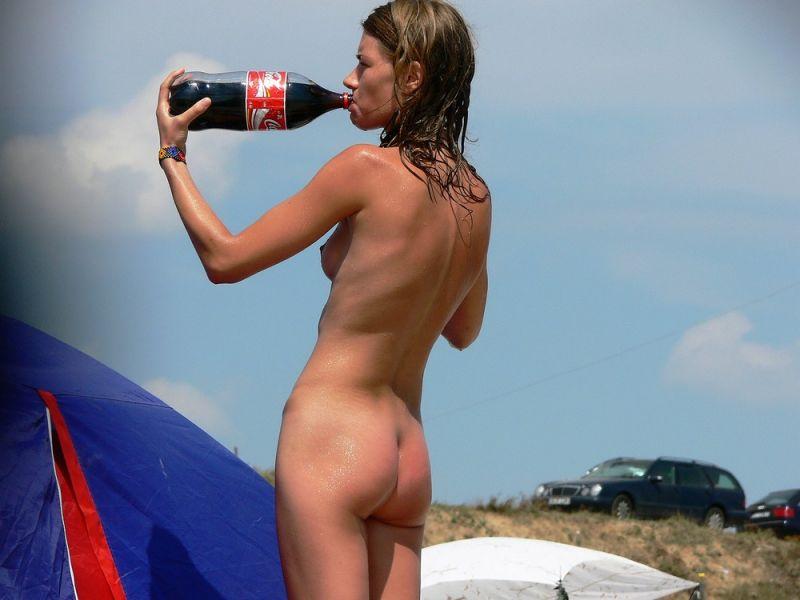 【丸出し】ロシアのヌーディストビーチ、美女率の高さがヤベー!!・27枚目