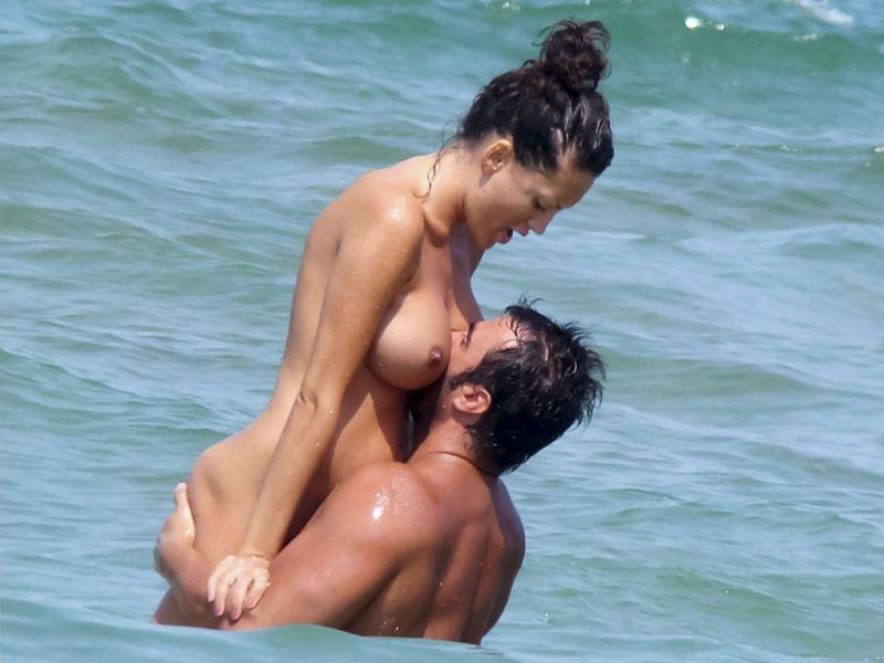 【丸出し】ロシアのヌーディストビーチ、美女率の高さがヤベー!!・31枚目