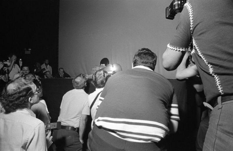 【ストリップ】1970年代のシカゴのストリップ劇場の様子、今のコミケ会場前とあまり変わらないな・・・・・(画像)・12枚目